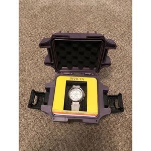 NWT Invicta women's stainless steel watch
